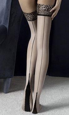 Zobacz zdjęcie Niesamowicie intrygujące, beżowe #pończochy samonośne z czarnym szwem z tyłu o...