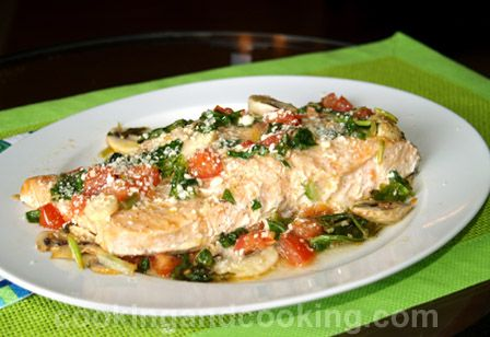 Baked Salmon with Spinach and Mushrooms Recipe