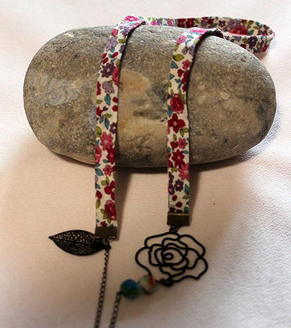 Sautoir à pendentif en filigrane fleur