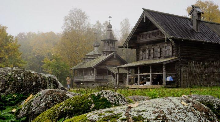 Новгородский музей народного деревянного зодчества Витославлицы