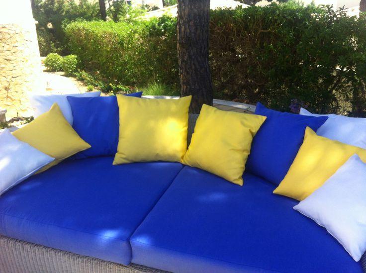 Outdoor lounge area. Sunbrella fabrics.
