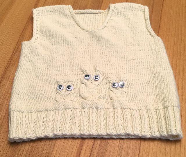 Ravelry: angelaknits' The Hedwig Vest
