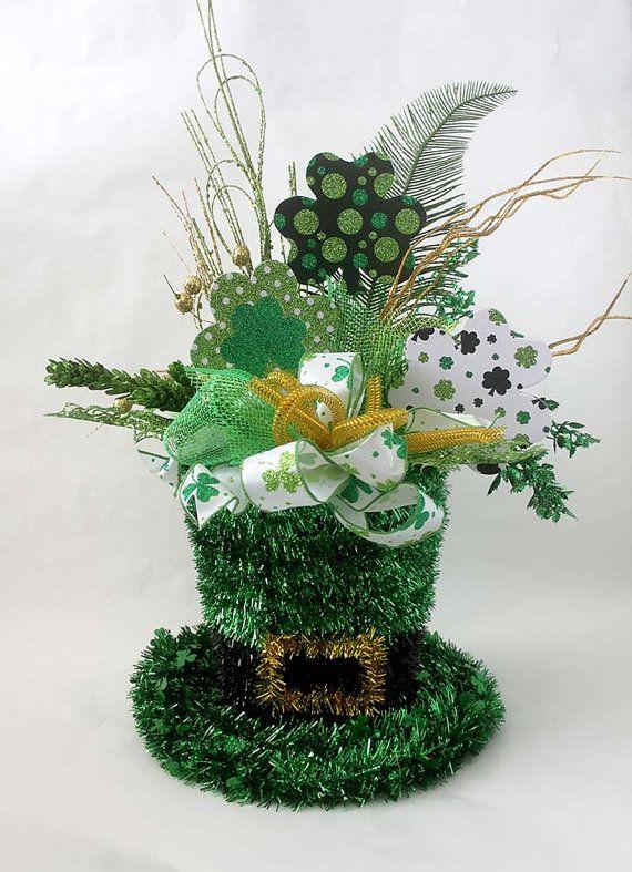 st patricks day arrangement in leprechaun hat floral by leopard crafts st patrick 39 s day. Black Bedroom Furniture Sets. Home Design Ideas