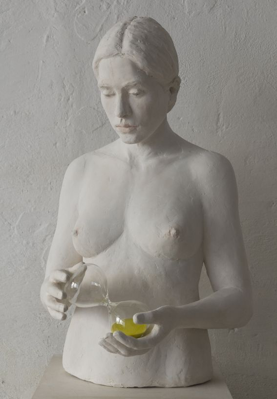 Sculpture of a nude girl with a braid hanging a classidra, by Jeanne-Isabelle Cornière, resin