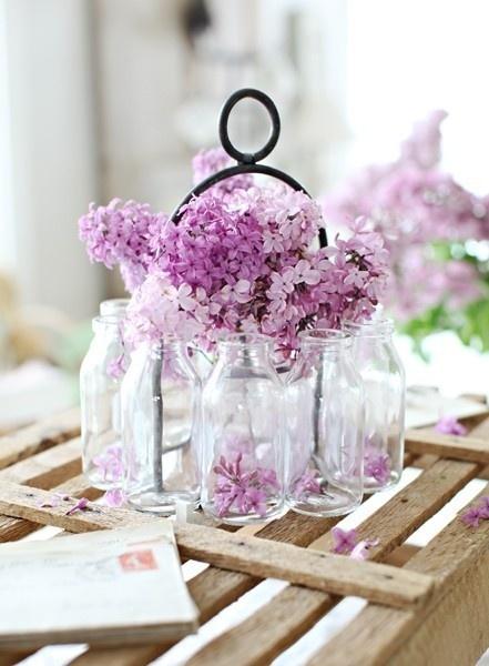 lavender flowersDreamy White, Gardens Decor, Lilac Wedding, Lavender Wedding, Purple Wedding, Milk Bottle, Mason Jars, Center Piece, Purple Flower
