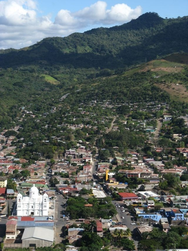 panoramica de la Catedral y sus alrededores. Matagalpa, Nicaragua.