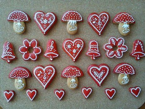 Vianocne Medovniky | Svietniky s perleťovou potravinárskou farbou