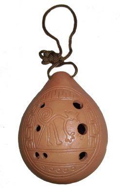Handgefertigte #Okarina aus Ton.  Das Instrument ist gestimmt.  12 x 8 cm  Motiv: Spider Nasca Line.  Hergestellt in Pura/ #Peru