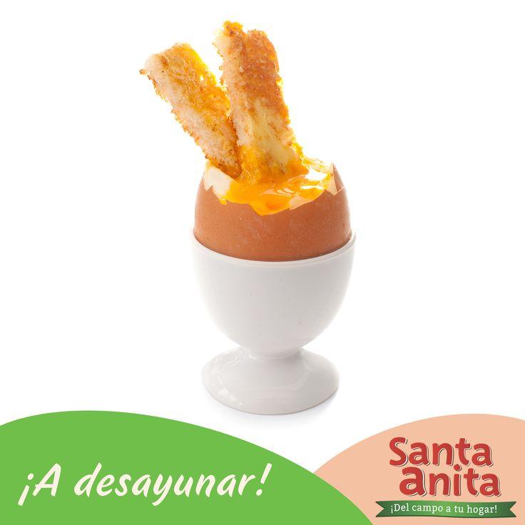¡Tomemos el desayuno! Qué tal unos huevos pasados por agua. El secreto es poner los huevos en una cacerola con abundante agua (aún fría) 1 cucharadita de sal y poner a fuego medio. Cuando el agua empiece a hervir, dejar 1 minuto más. Sacar del fuego, romper con una cuchara el extremo y  servir en hueveras individuales.  ¡A disfruar! #HuevosSantaAnita