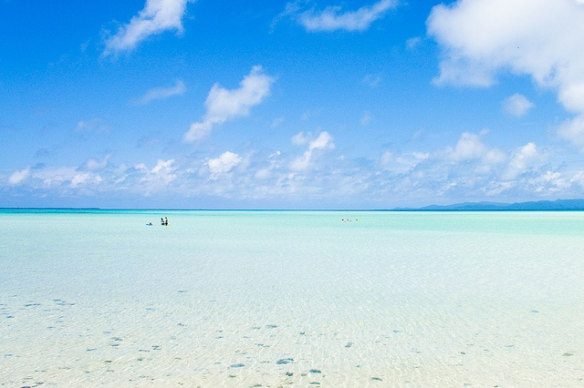 The wifey is from Ishigaki and when we visit Japan again. I'm going to skip Tokyo and head to Ishigaki then take a boat to Taketomi Island. Just going to snorkel, walk around, take a nap under the sun, and just explore the empty beaches.: Taketomi Islands, Okinawa Japan, Kondoi Beachg, Travel Photo, Kondoi Beaches, Coral Beaches, Tropical Islands, Beautiful Beaches, Taketomiisland Japan