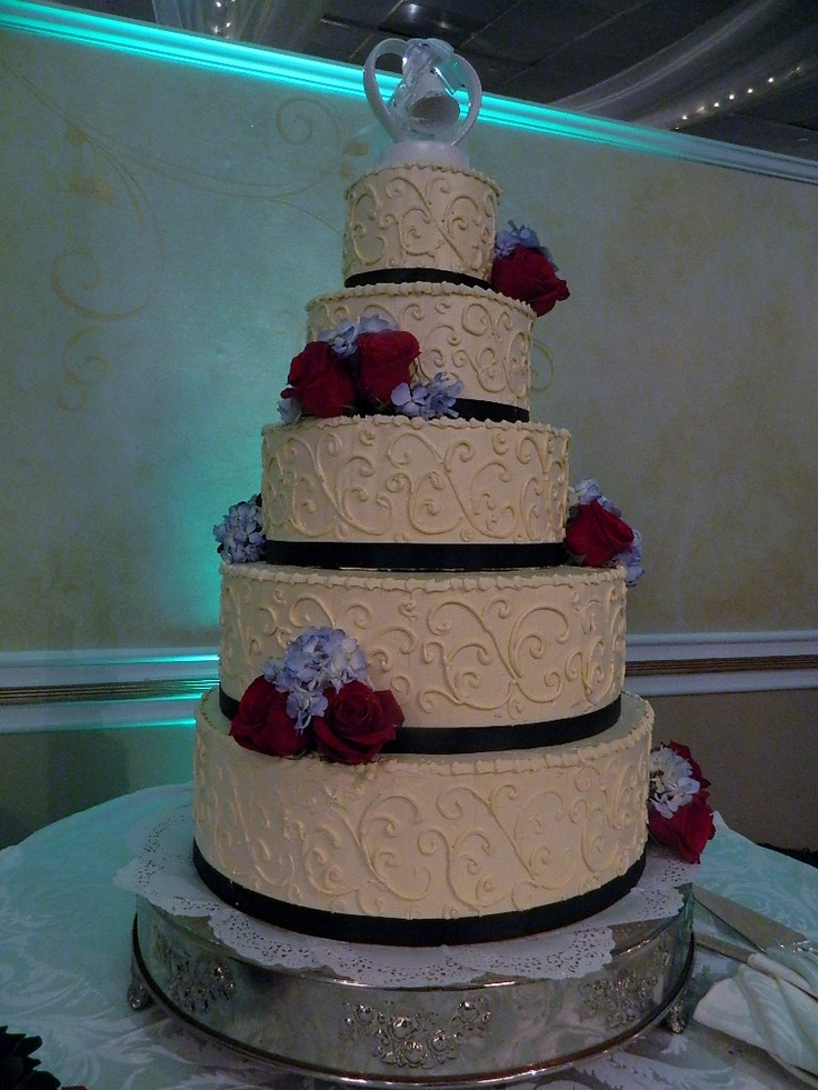 grand wedding cake designs 17 best images about cakes at grand marquis on 14897