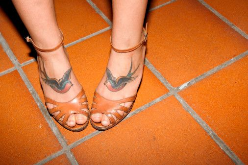 Someday I'll fly away #birds #tattoo #feet