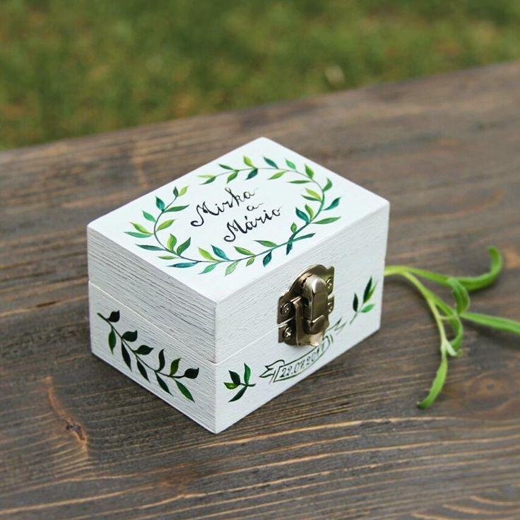 A pine box stained and painted to whitewashed oak. Hand painted wooden box with naive botanical motive. Made by Studio #TalkFolk  #talkfolk #weddingdecorations #weddingringbox #minimalistic #svadba