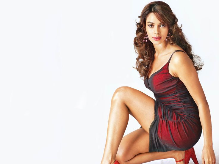 Richest Indian Actresses - Updated List  #bollywood #Indian #richest http://gazettereview.com/2016/03/richest-indian-actresses-updated-list/