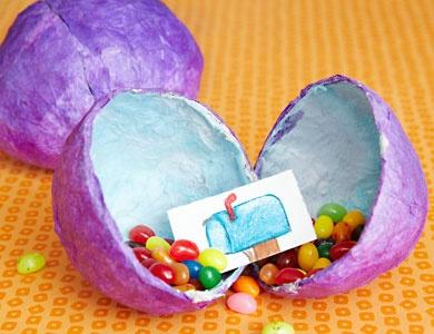 Neat idea!: Easter Ideas For Older Kids, Mache Eggs, Eggs Hunt'S, Paper Mache, Easter Spr, Eggs Cit Ideas, Easter Eggs, Fun Ideas S, Hunt'S Parties