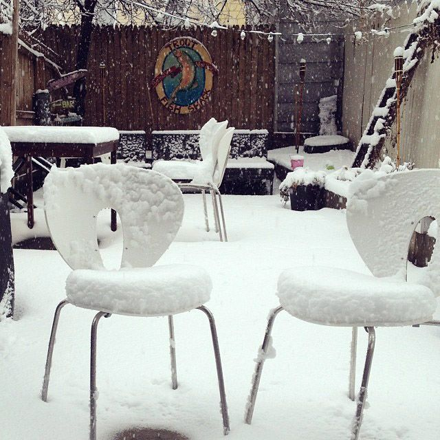 The winter is very cold sometimes! Love these snow-white outdoor STUA Globus chairs!
