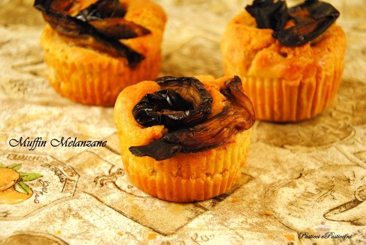 I MuffinMelanzanesonouna ricetta golosissima per rendere speciali i vostri antipasti, aperitivi buffet. Un Finger Food bello da vedere, che vi conquisterà anche per il gusto! Ideali come accompagnamento diprosecco o spritz a voi la scelta