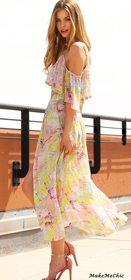 Multicolor Tropical Print Cold Shoulder Top With Maxi Shorts
