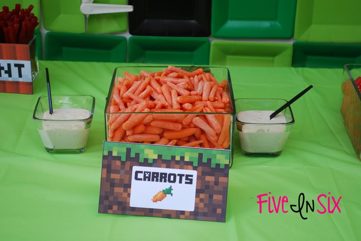 FREE FOOD and WATER BOTTLE PRINTABLES!  Minecraft Party Decoration Ideas and Downloadable Printables - Five In Six Blog