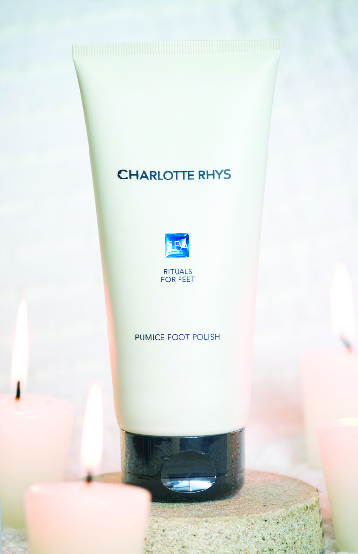 Our revitalizing and stimulating foot scrub will exfoliate and improve circulation, leaving your feet softer and smoother. Contains Chamomile, Witch Hazel and Tea Tree Oil to nourish and deodorize.