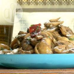 Spanish Garlic Mushrooms @ allrecipes.com.au