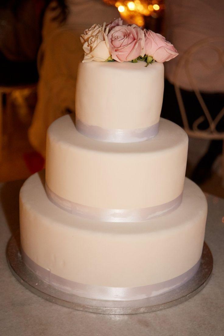 Cake, Floral Detail, Design, 3 Tiers, Frosting, Art, Talent, Santorini Weddings