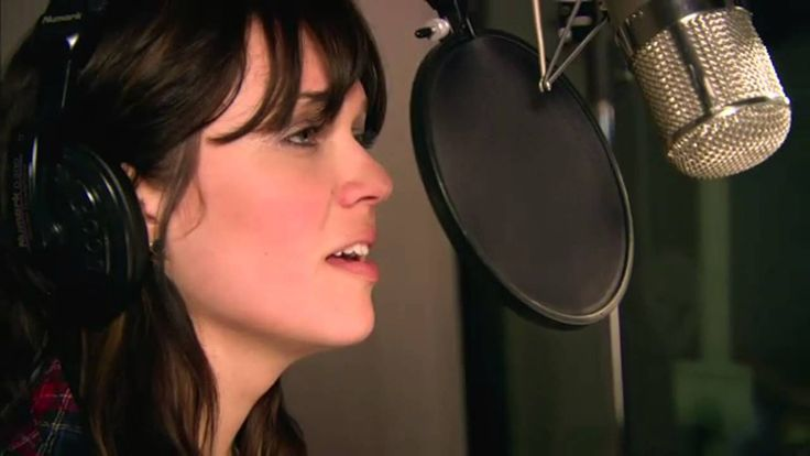 Mandy Moore & Zachary Levi (Ost.Tangled/Rapunzel) - I See The Light | Mandy Moore is so underrated. Her voice is beautiful. Not forced. Real singing! Love. #MandyMoore