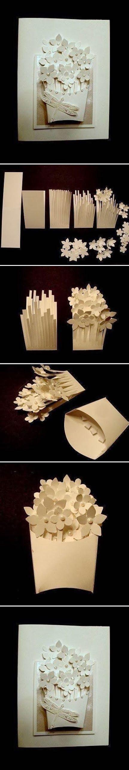 cesta con flores de papel