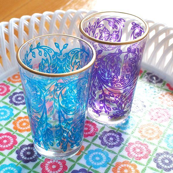 モロッコ カラフルなプリントグラス(植物柄 ブルー・パープル) - カラフルなアジアン雑貨 笑福Lotus(ワラフクロータス) | エスニック | ベトナム雑貨 | アフリカ雑貨 | 通販
