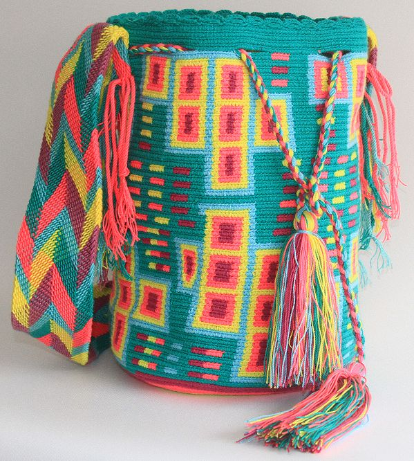 www.wayaarte.com I love this wayuu bag!! Brilliant colours perfect for this upcoming spring and summer!