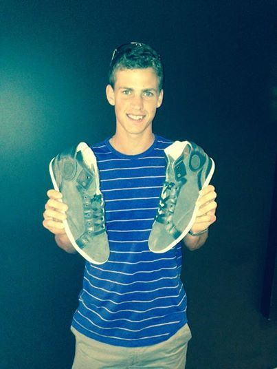 Our Good Friend Vasek Pospisil ( Canadian Tennis Superstar ATP #28) happy with his new Barons Papillom Sneakers ! #tennis #baronspapillom  This Sneakers are available on our e-shop : www.baronspapillom.com