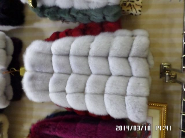 winter 2015 Fox lithium long fur vest US $240.00 /piece Specifics Gender	Women Outerwear Type	Fur & Faux Fur Decoration	Fur Clothing Length	Long Pattern Type	Solid Sleeve Style	Regular Type	Slim Closure Type	Zipper Craft\Technics	Full Pelt Material	Fur Style	Double-faced Fur Thickness	Standard Collar	O-Neck Sleeve Length	Sleeveless Color Style	Natural Color Lining	With Cashmere Lining  Click to Buy :http://goo.gl/t9O329