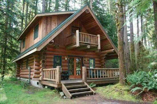 Log cabin with bedroom balcony