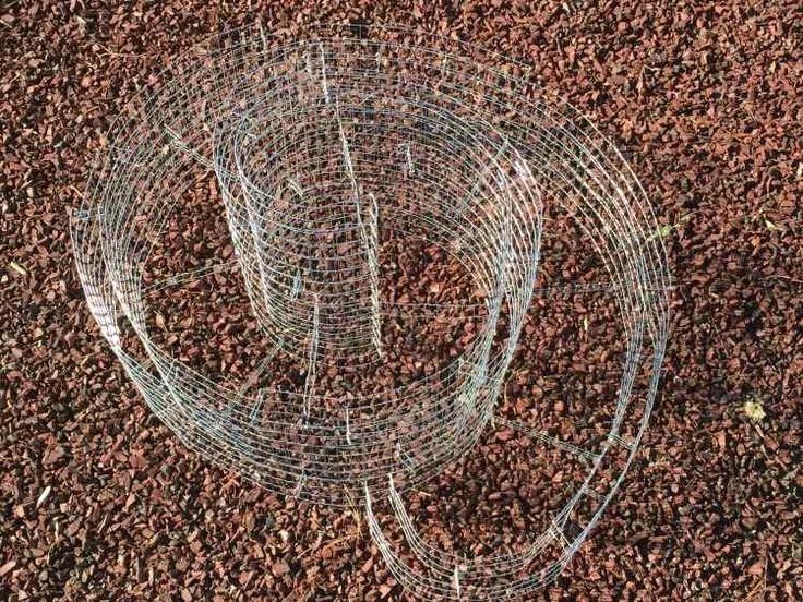 grille métallique souple en forme de spirale