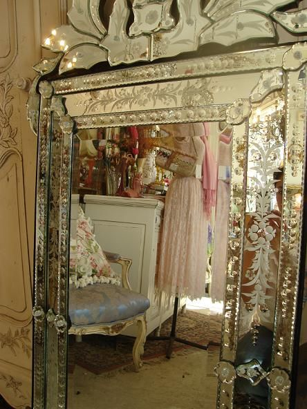 Venetian mirrors bing images products i love pinterest for Floor mirror italian baroque rococo style in lacquer finish