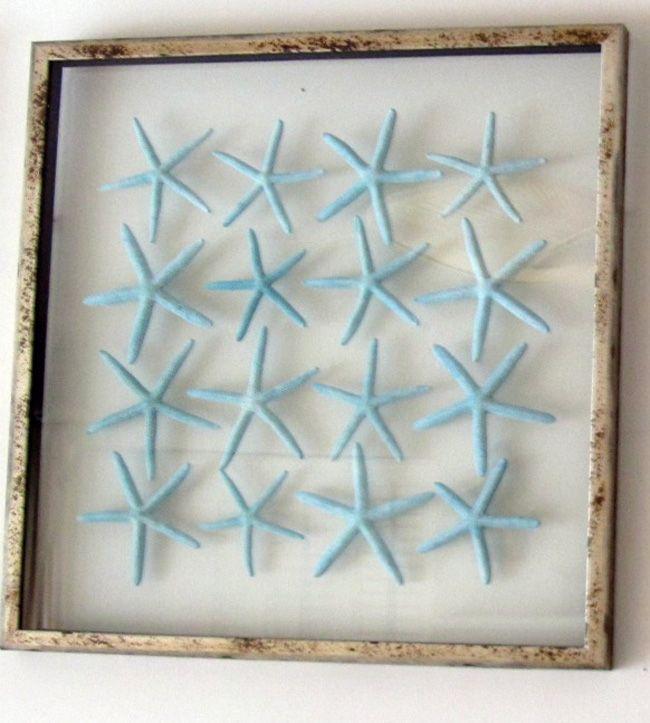 A worn frame and blue starfish = perfect #Walldecor: Sea Stars, Starfish Art, Shells Decor, Beaches Walldecor, Art Ideas, Blue Starfish, Beaches Houses, Beaches Decor, Beachi Dreams