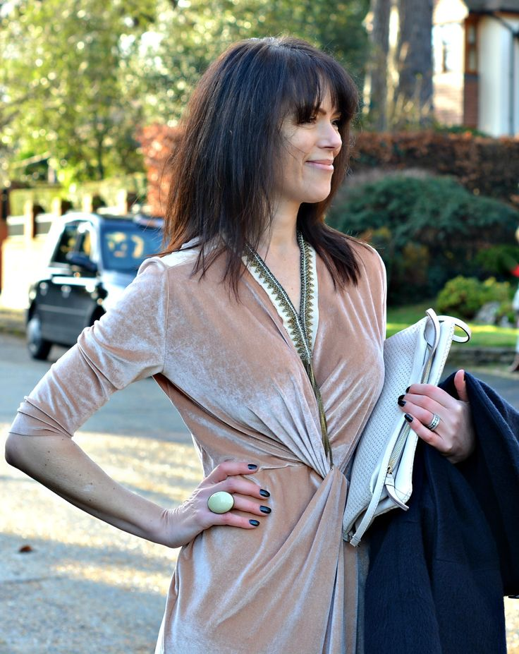 Zara blush pink velvet dress with Marie Laure Chamorel necklace - Fashion over 40