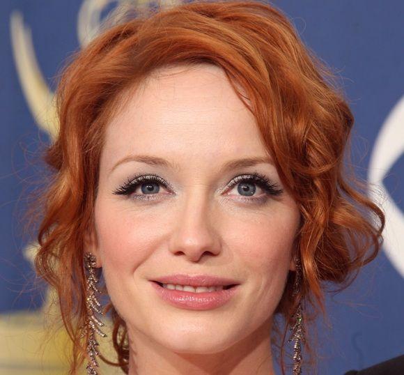 Как стать красивой: Как правильно сделать макияж для рыжих волос