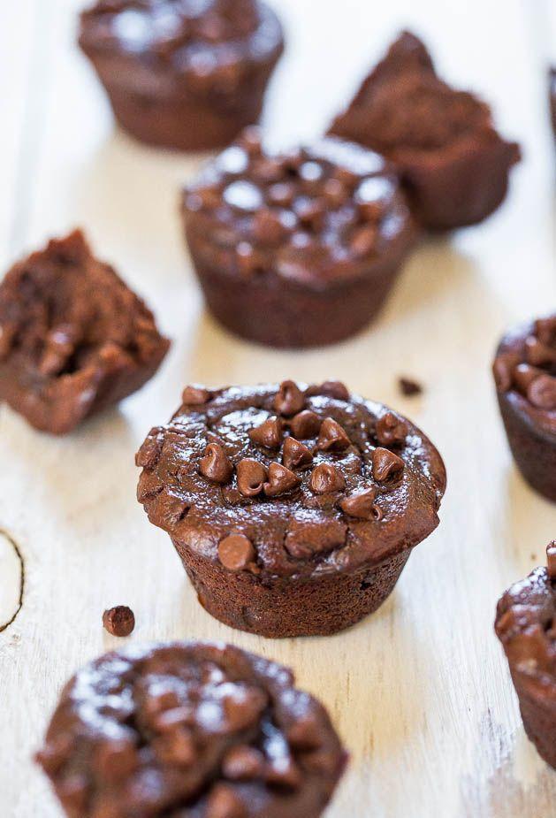 Flourless+Double+Chocolate+Peanut+Butter+Mini+Blender+Muffins+(GF)+-+No+refined+sugar,+flour,+oil+