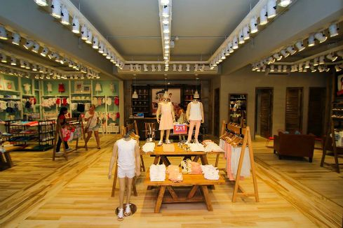Diseño de locales comerciales de moda – Cheeky Nordelta – RMB Design Solutions