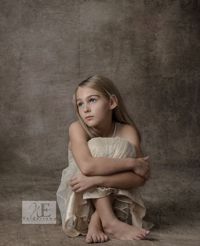 Classic Child Portrait. Valderrama Photography