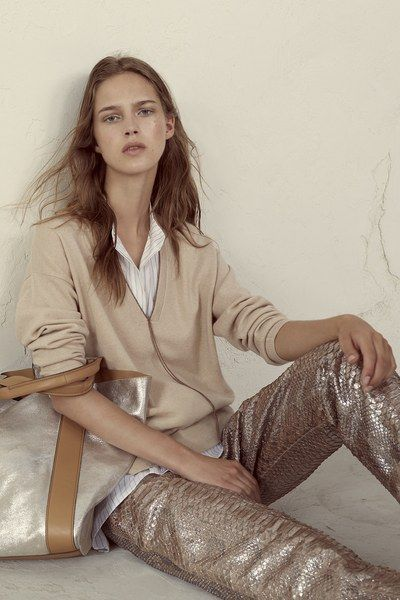 View the complete Brunello Cucinelli Spring 2017 collection from Milan Fashion Week.