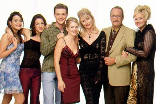 30 programas de televisión que todos recordamos - Sabrina, la bruja adolescente