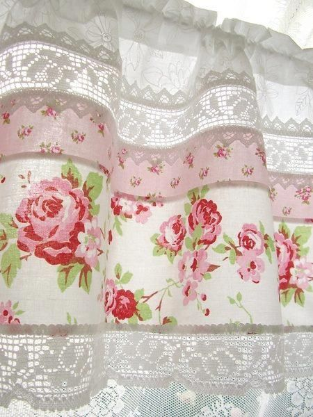rosecottage.quenalbertini: Rose kitchen curtain