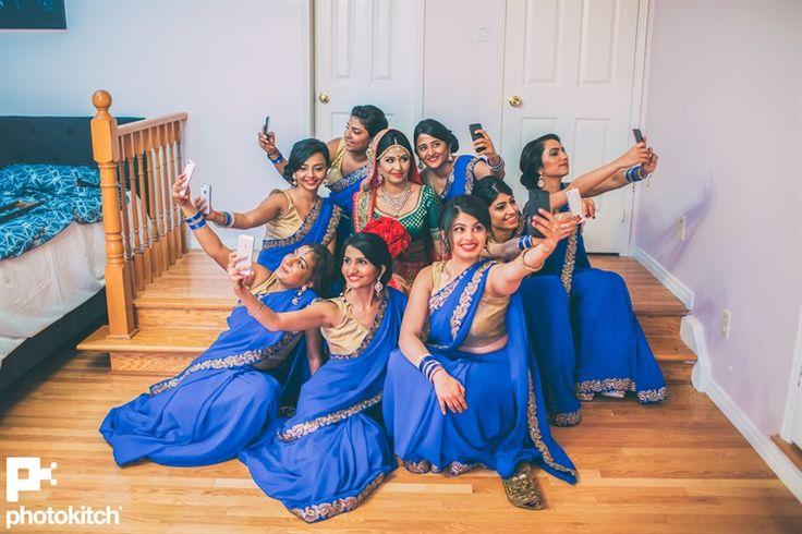 cute wedding photo to take with the bridesmaids - a super selfie!