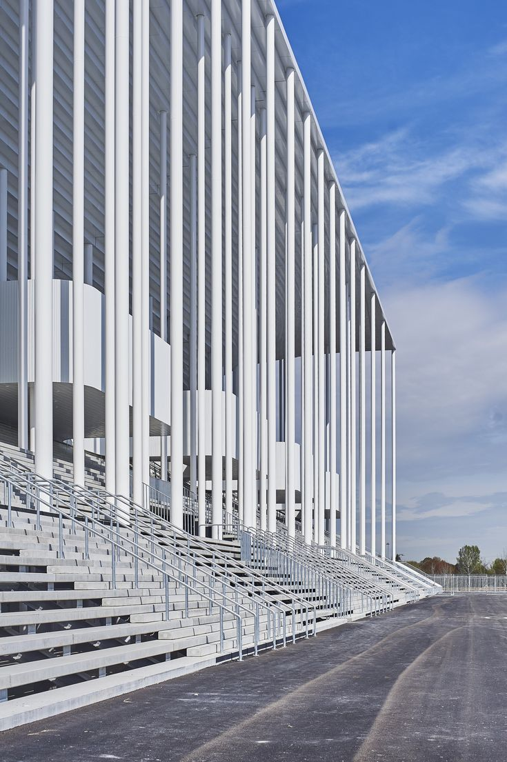 Gallery of Gallery: Inside Herzog & de Meuron's Bordeaux Stadium During Its Inaugural Match - 18