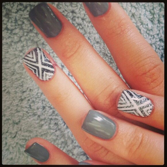 #nailart #nails #love #funky #white #grey #silver #glitter #stripes #nailtechnician#barrettkirsten#gelish#gelit