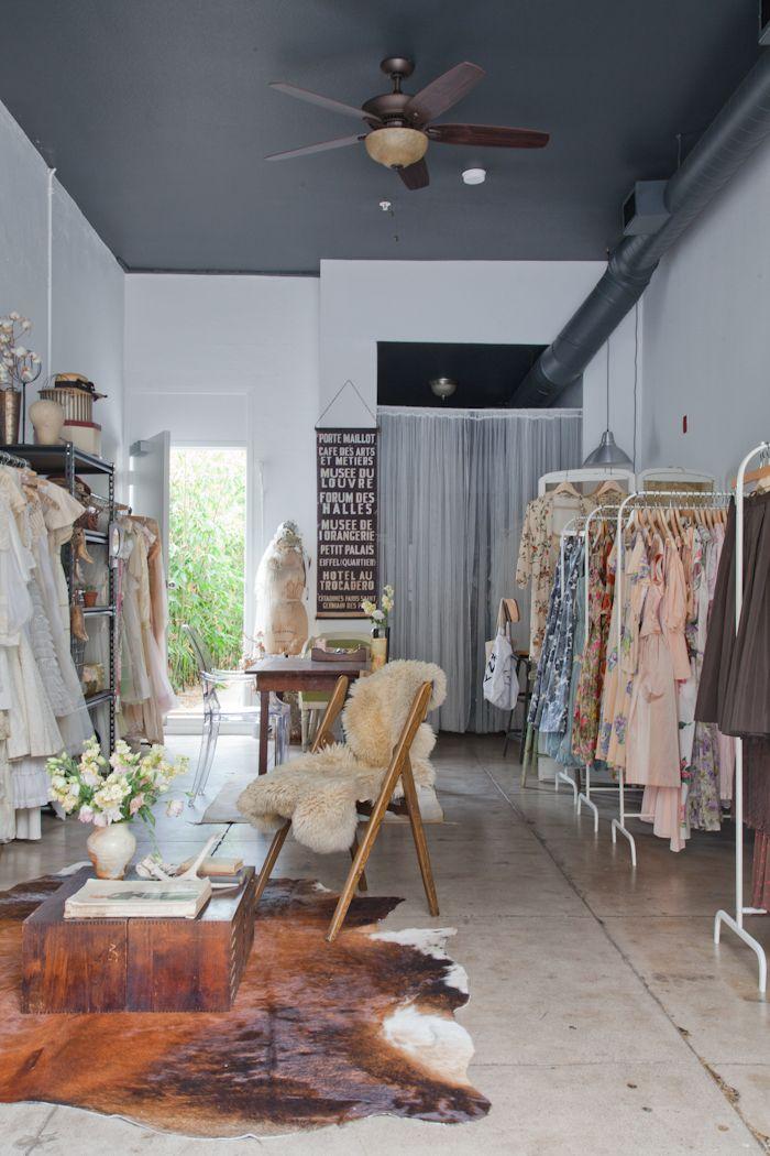 25+ unique Small boutique ideas ideas on Pinterest | Boutique ...