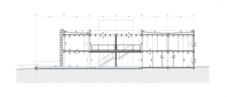 SEDE ADMINISTRATIVA CREA 2010 - 2012 | CAMPINA GRANDE, PB, BRASIL  ----- ★ PRIMER PREMIO CONCURSO NACIONAL ★ PREMIO BIENAL IBEROAMERICANA DE ARQUITECTURA Y  URBANISMO 2014  MAPA Arquitetos  crea  concreto aparente cimento queimado espelho d'água brise corte section #concreto #concrete #architecture #arquitetura #arquitectura #crea #section #corte