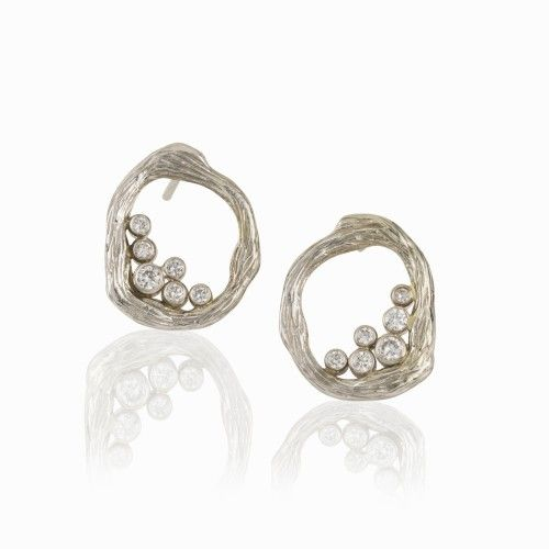 Sarah Graham earrings in white gold with diamonds from the Pebbles Collection.